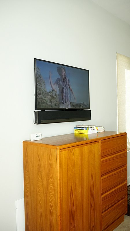 Wall Mounted TV Mounted and Sonos Playbar